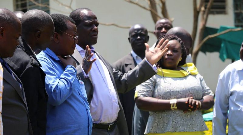 GOVERNOR OPARANYA LEADS RESIDENTS IN PUBLIC PARTICIPATION